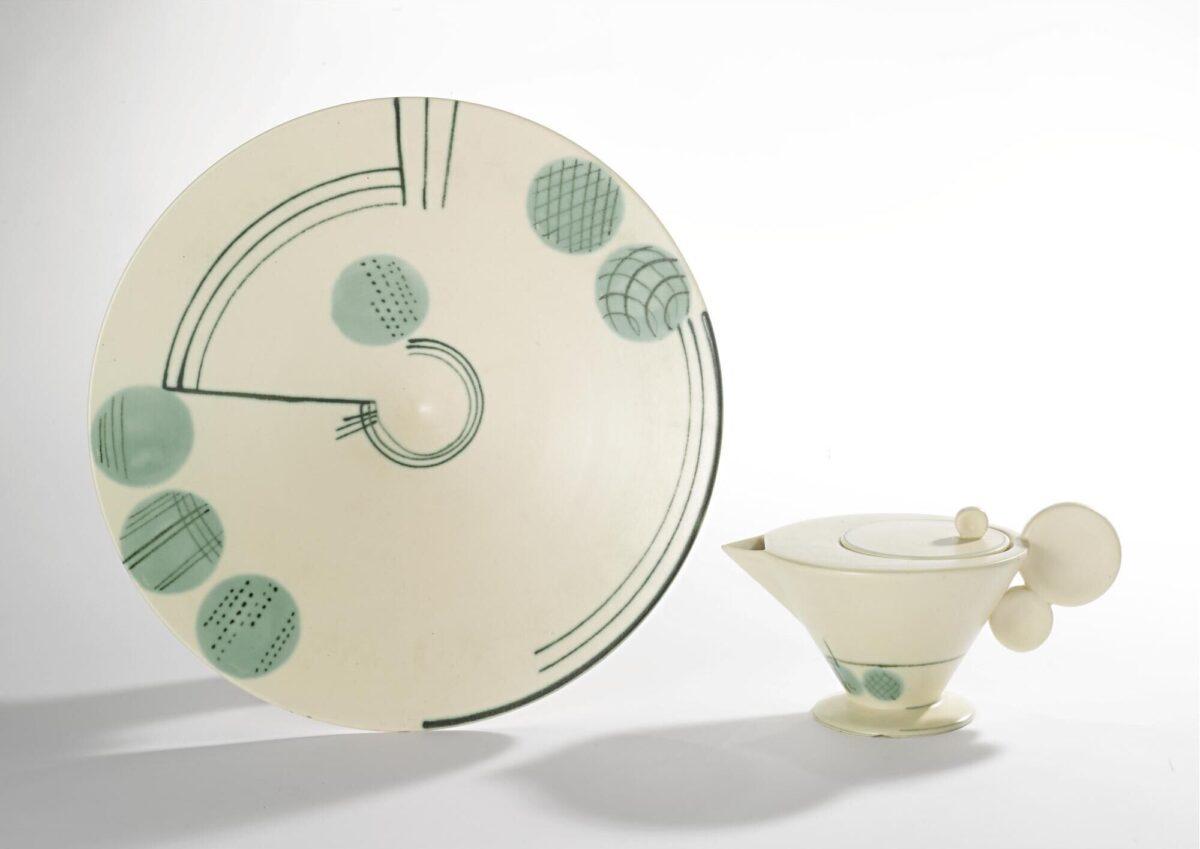 Teapot and bowl